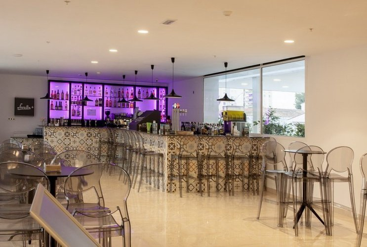 Bar villa luz family gourmet & all exclusive hotel gandia beach